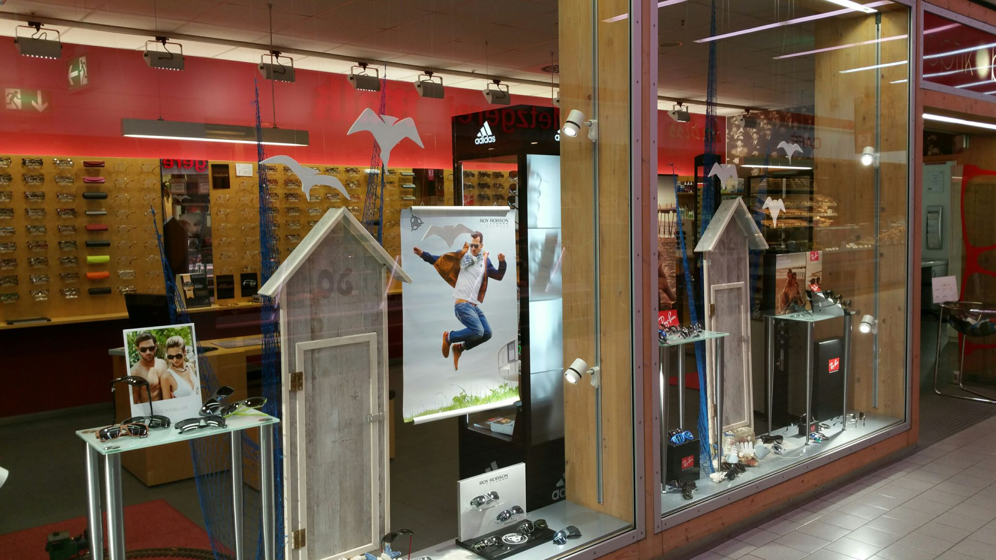 Neue shop beleuchtung bei optik b ttner for Beleuchtung shop